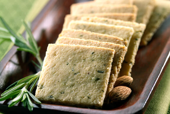 rosemary-gluten-free-crackers
